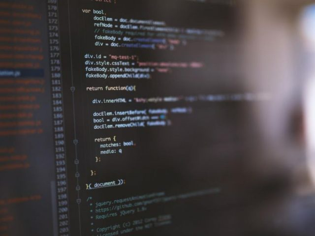 ハイスペック VPS エクスクラウド で新サービス開発中